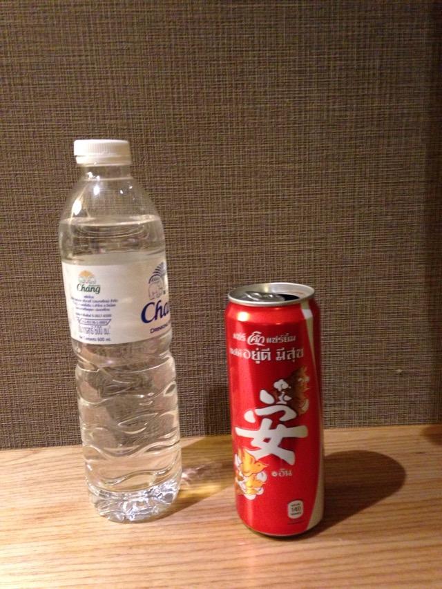 泰国瘦高版安字可乐