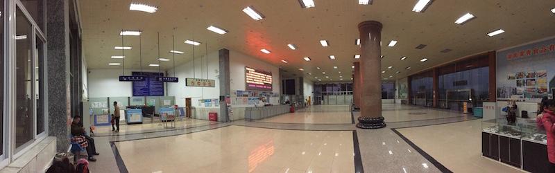永州零陵机场超小的值机厅